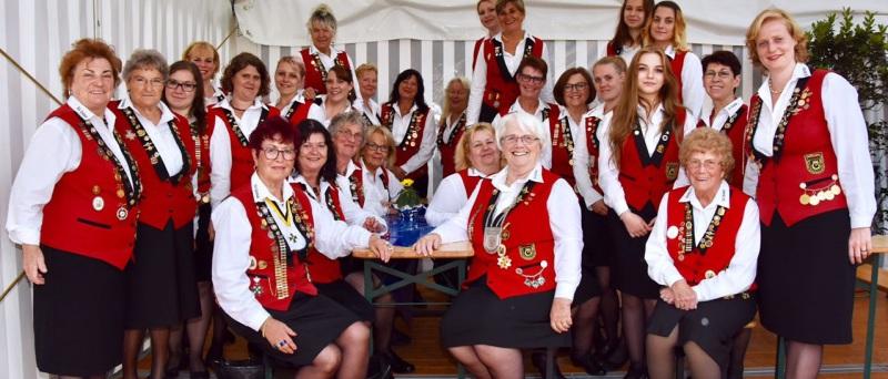 SV Diana - Königshaus und Pokalgewinnerinnen 2015
